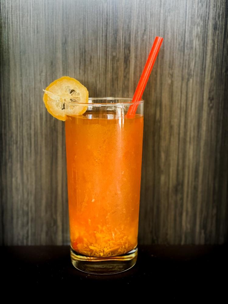 Yuzu Black Tea. A hint of yuzu citron aroma matches the tea so well.