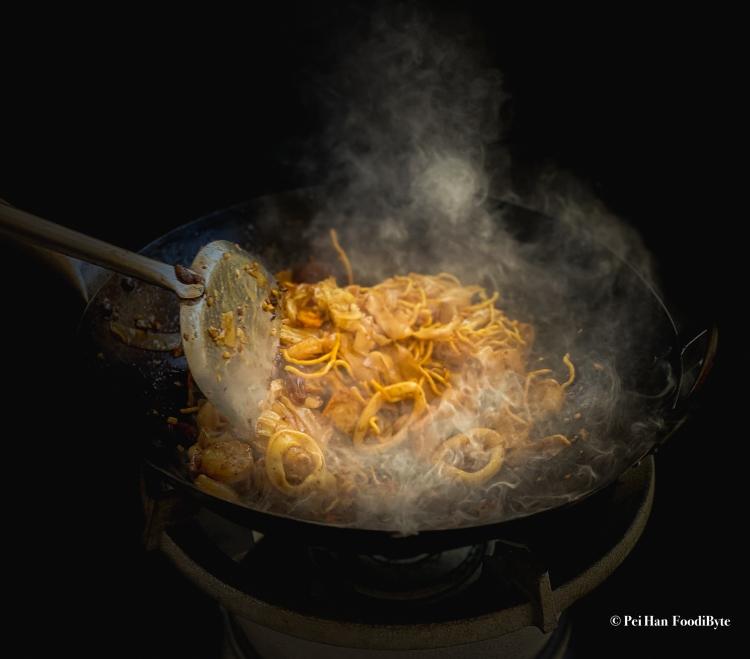 炒粿條 Stir Fried Flat Noodles
